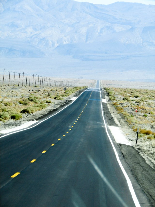 road-desert-califonie-usa-westcoast-deathvalley
