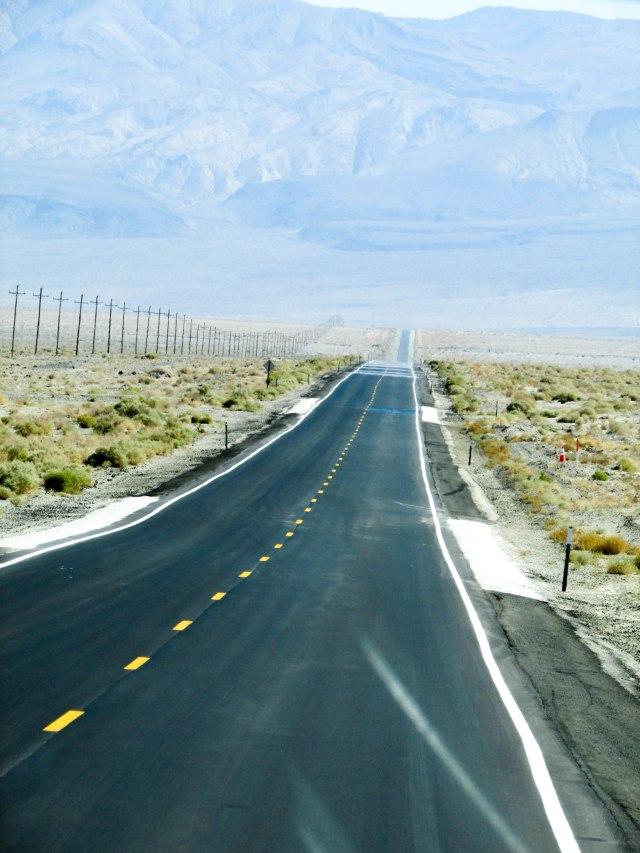 road-desert-califonie-usa-westcoast-deathvalley