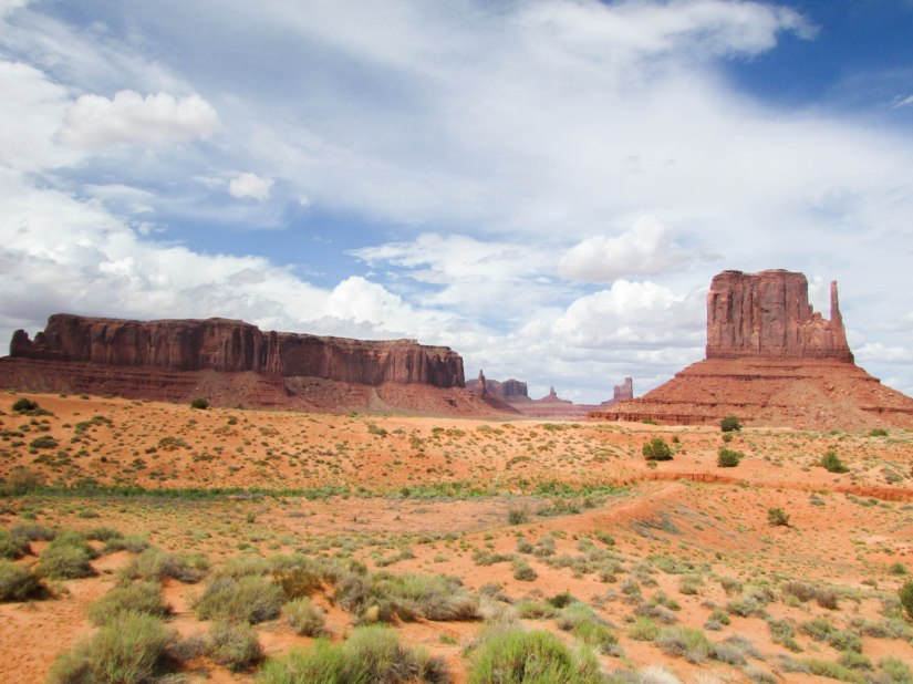 monument-valley-usa-westcoast-navajos-western