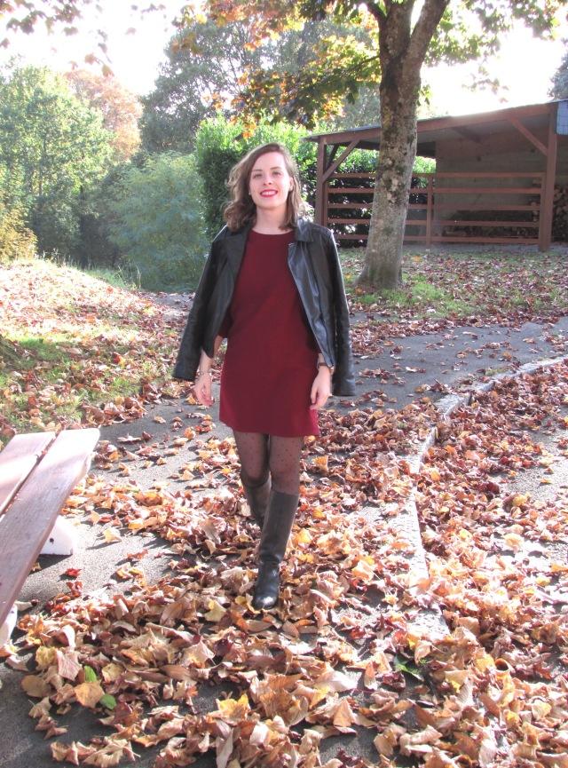 feuilles-bordeaux-look-robe-automne